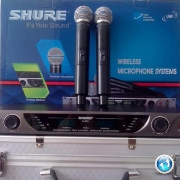 Micro không dây Shure U830 thể hiện đẳng cấp